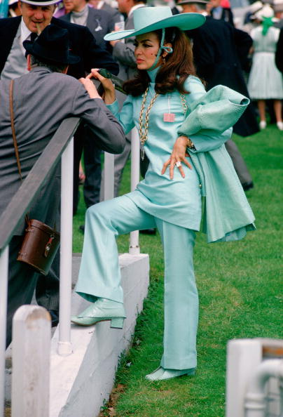 Youth Culture「Racegoers at the Derby, England」:写真・画像(7)[壁紙.com]