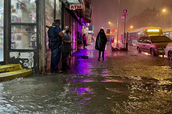 ニューヨーク市「Remnants Of Hurricane Ida Move Through Northeast Causing Widespread Flooding」:写真・画像(13)[壁紙.com]