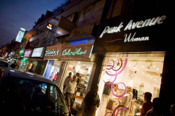 Delhi「Khan Market Enjoys The Last Of Delhi Tourist Season」:写真・画像(19)[壁紙.com]