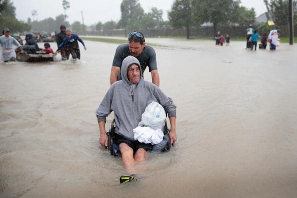 Damaged「Epic Flooding Inundates Houston After Hurricane Harvey」:写真・画像(10)[壁紙.com]
