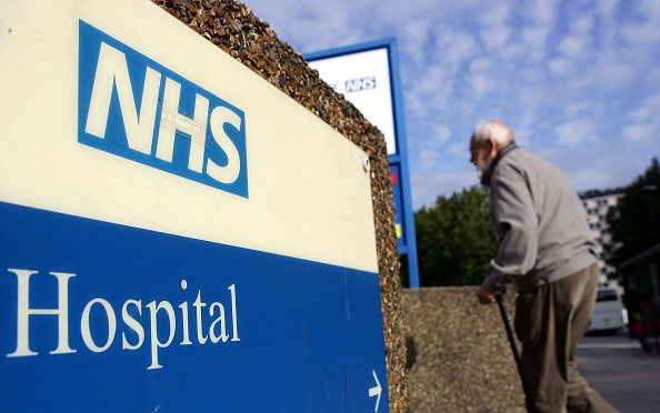 Sign「Government Pledges Increase In NHS Funding」:写真・画像(15)[壁紙.com]