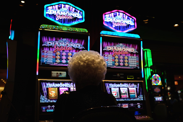 Casino「Years Of Economic Decline Leave One Third Of Atlantic City's Resident In Poverty」:写真・画像(4)[壁紙.com]