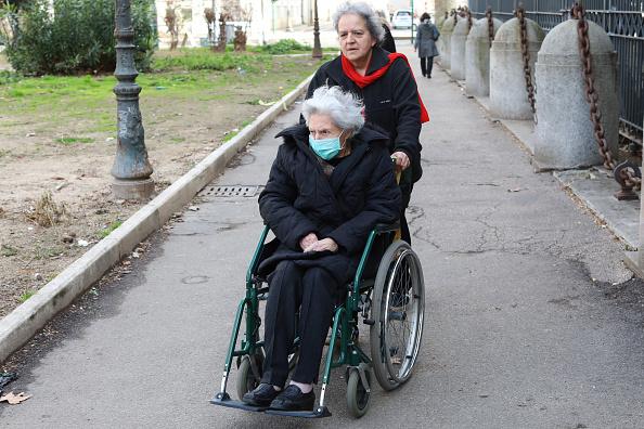 Old「Italy's Elderly At Acute Risk During Coronavirus Outbreak」:写真・画像(4)[壁紙.com]