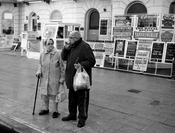 Heterosexual Couple「Elderly Couple」:写真・画像(19)[壁紙.com]