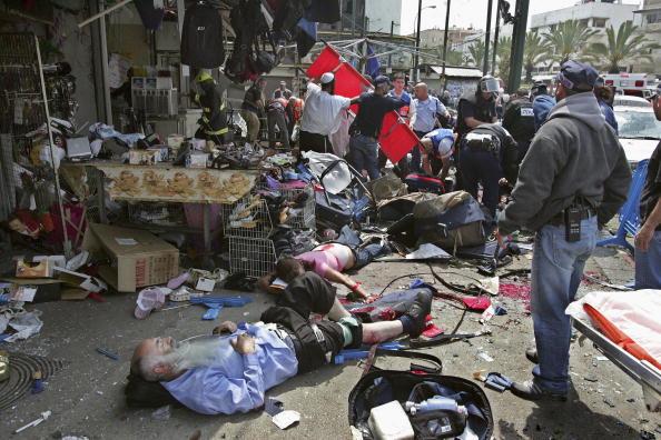 Suicide Bombing「Suicide Bombing Kills Nine In Busy Tel Aviv Street」:写真・画像(4)[壁紙.com]