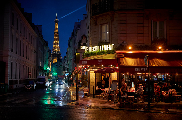 Cafe「Paris Bars To Close As COVID-19 Alert Is Raised To Maximum」:写真・画像(2)[壁紙.com]