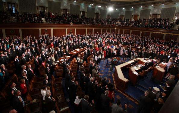 House Of Representatives「Speaker Pelosi Swears In Members Of The 111th Congress」:写真・画像(13)[壁紙.com]