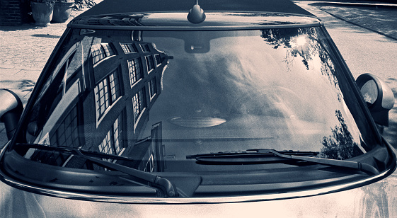Toned Image「Typically Dutch architecture reflected in a car windscreen」:スマホ壁紙(19)