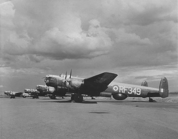 Derek Berwin「Avro Lincoln four-engined heavy bomber」:写真・画像(3)[壁紙.com]