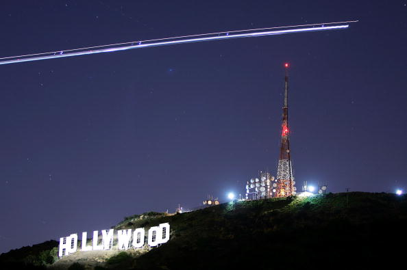 Religious Icon「Hollywood Sign Begins Month-Long Makeover」:写真・画像(3)[壁紙.com]