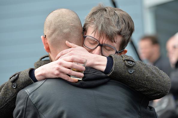 Charlie Hebdo「The Funeral Of Charlie Hebdo Cartoonist And Editor Stephane Charbonnier」:写真・画像(17)[壁紙.com]