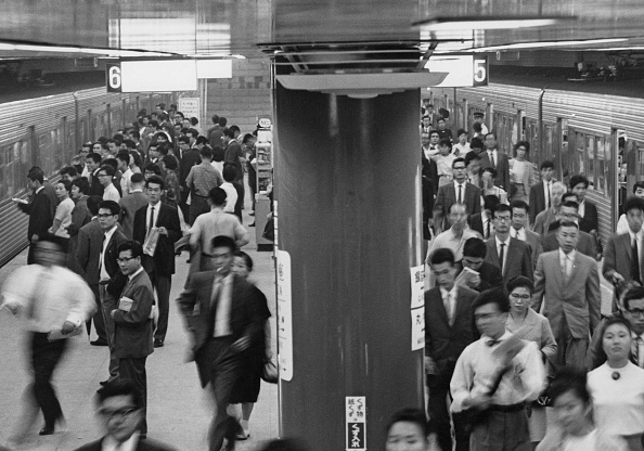 Economy「Ginza Station」:写真・画像(10)[壁紙.com]
