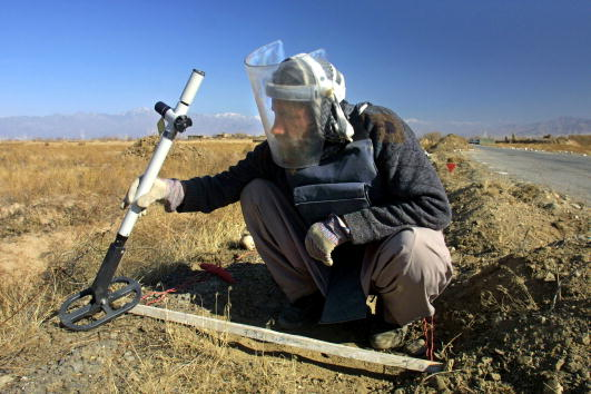 Bagram「The Halo Trust Helps Clear Mines from Afghanistan」:写真・画像(11)[壁紙.com]