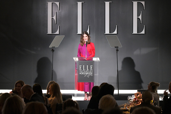 Celebration「ELLE's 25th Annual Women In Hollywood Celebration Presented By L'Oreal Paris, Hearts On Fire And CALVIN KLEIN - Show」:写真・画像(3)[壁紙.com]
