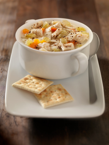 Celery「Chunky Chicken Noodle Soup with Saltine Crackers」:スマホ壁紙(7)