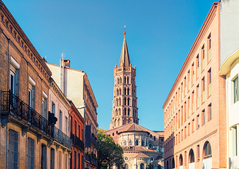 Cathedral「France, Haute-Garonne, Toulouse, Old town, Basilica of Saint Sernin」:スマホ壁紙(2)