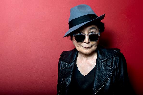 ポートレート「Yoko Ono Introduces Screening Of 'GasLand'」:写真・画像(16)[壁紙.com]
