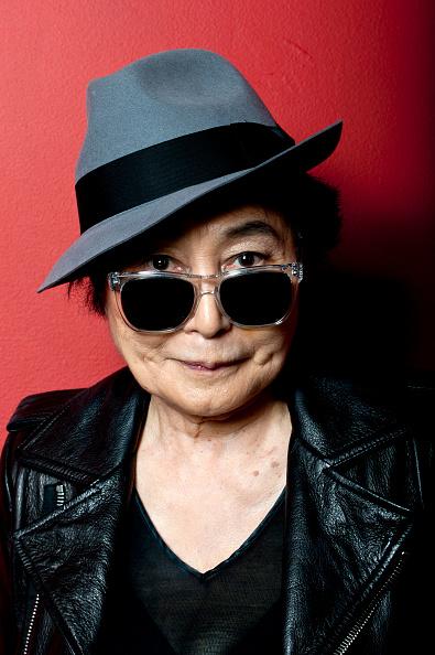 ポートレート「Yoko Ono Introduces Screening Of 'GasLand'」:写真・画像(10)[壁紙.com]