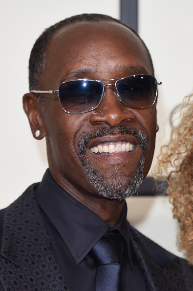 Don Cheadle「The 58th GRAMMY Awards - Arrivals」:写真・画像(15)[壁紙.com]