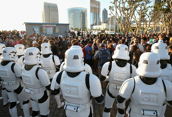 Star Wars Series「Star Wars: The Force Awakens Panel At San Diego Comic Con - Comic-Con International 2015」:写真・画像(12)[壁紙.com]