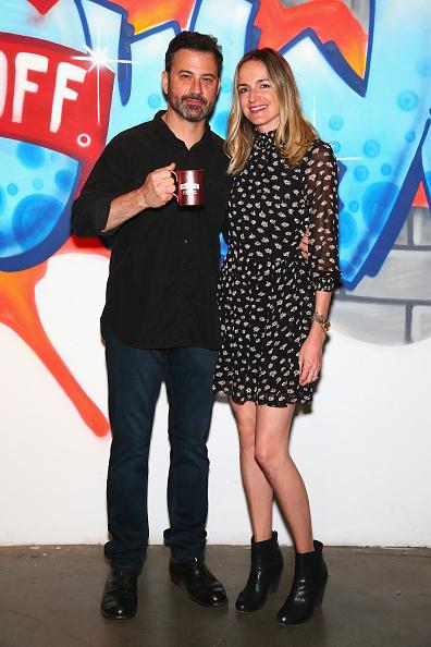 全身「Smirnoff Vodka x Jimmy Kimmel Welcome to Brooklyn」:写真・画像(12)[壁紙.com]