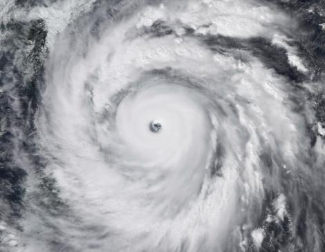 Spinning「September 27, 2008 - Hurricane Jangmi」:スマホ壁紙(3)