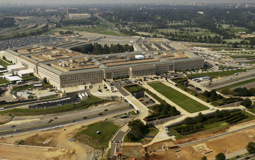 Military「September 26, 2003 - Aerial photograph of the Pentagon with the River Parade Field in Arlington, Vir」:スマホ壁紙(1)