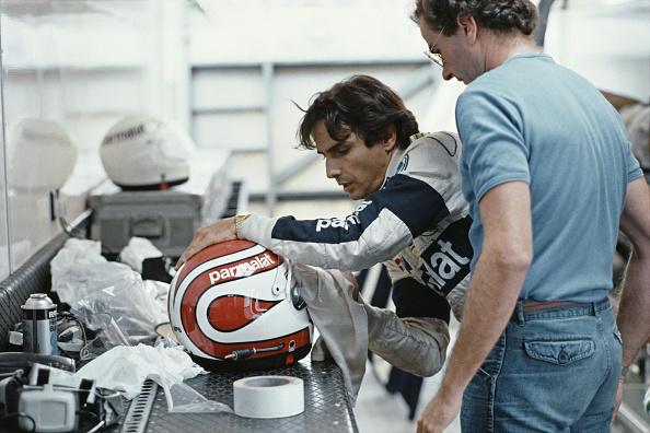Sports Helmet「Formula One Grand Prix Racing Driver Nelson Piquet」:写真・画像(6)[壁紙.com]