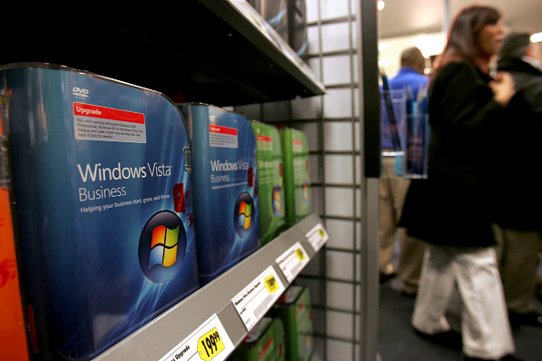 Computer Software「Microsoft Launches Vista Operating System」:写真・画像(19)[壁紙.com]