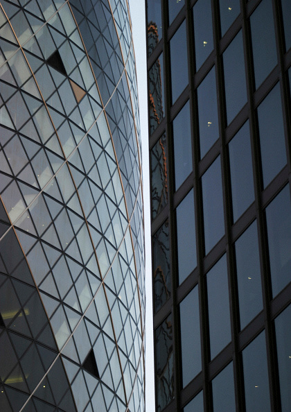 Urban Skyline「Swiss Re Building, the Gherkin, City of London, United Kingdom. Designed by Norman Foster and Partners.」:写真・画像(14)[壁紙.com]
