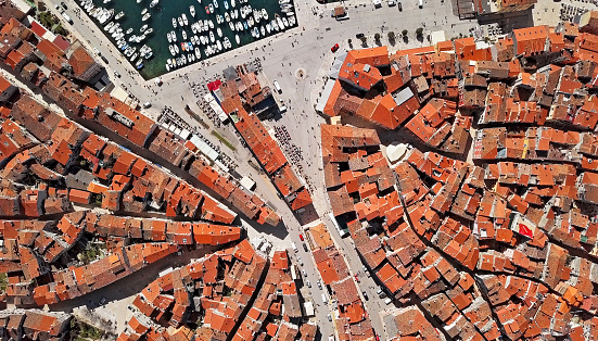 Old Town「Top aerial overhead view of old town Rovinj. Istria, Croatia.」:スマホ壁紙(2)