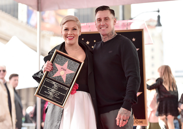 Pink - Singer「Pink Honored With Star On The Hollywood Walk Of Fame」:写真・画像(13)[壁紙.com]