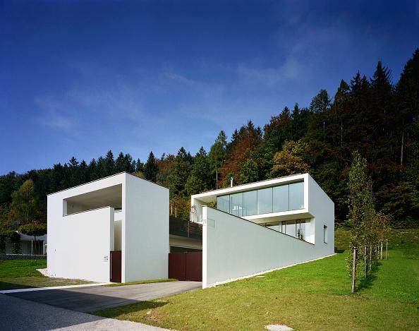 Architecture「Housing, Voecklabruck, Upper Austria, architect Gaertner & Neururer, 2002」:写真・画像(14)[壁紙.com]