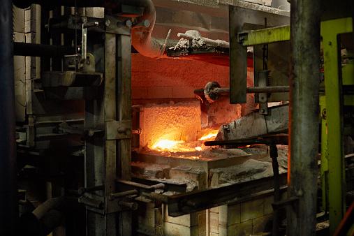Glass Factory「Sand feeder for glass furnace」:スマホ壁紙(3)