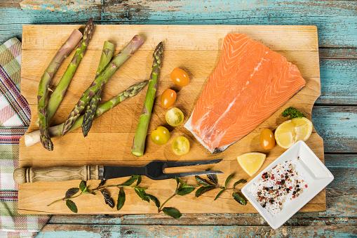 Asparagus「Row salmon and green asparagus」:スマホ壁紙(7)