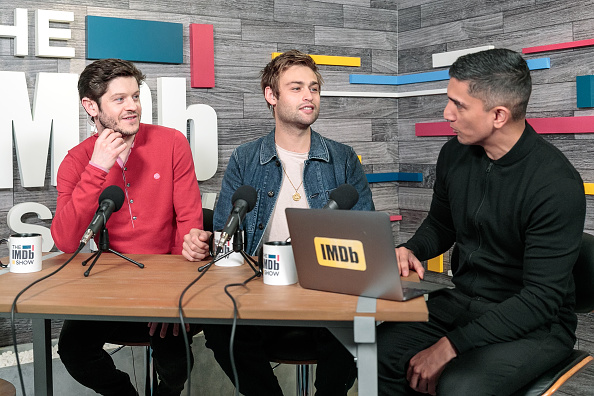風景「Iwan Rheon And Douglas Booth Visit The IMDb Show LIVE」:写真・画像(18)[壁紙.com]