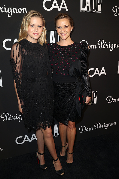 Reese Witherspoon「L.A. Dance Project's Annual Gala - Arrivals」:写真・画像(9)[壁紙.com]