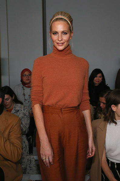 Headband「Noon By Noor - Front Row - February 2019 - New York Fashion Week: The Shows」:写真・画像(7)[壁紙.com]
