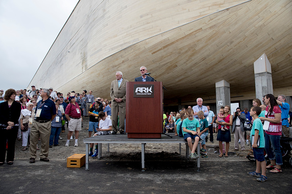 Aaron P「Creationist Builds Large Scale Noah's Ark In Northern Kentucky」:写真・画像(0)[壁紙.com]