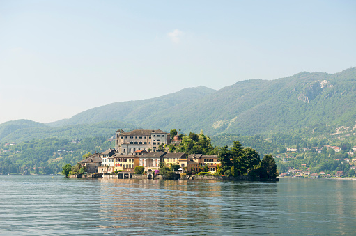 Piedmont - Italy「San Giulio Island on Lake Orta」:スマホ壁紙(19)