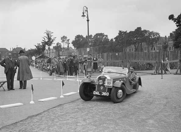 Rally Car Racing「Morgan 4/4 2-seater sports of GN Scott competing in the South Wales Auto Club Welsh Rally, 1937」:写真・画像(16)[壁紙.com]