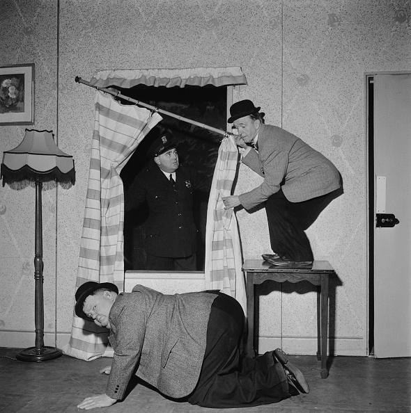 ステージ「Laurel And Hardy In A Spot Of Trouble」:写真・画像(14)[壁紙.com]