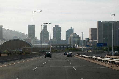 Crash Barrier「Highway leading to Cape Town.」:スマホ壁紙(4)