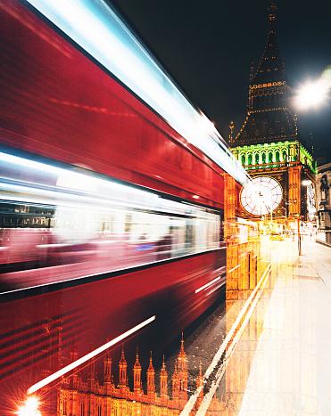 Multiple Exposure「fast bus in london at night」:スマホ壁紙(3)