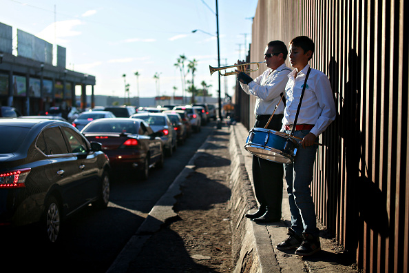 Baja California Peninsula「President Obama to Announce Executive Action on Undocumented Immigration Issue」:写真・画像(13)[壁紙.com]