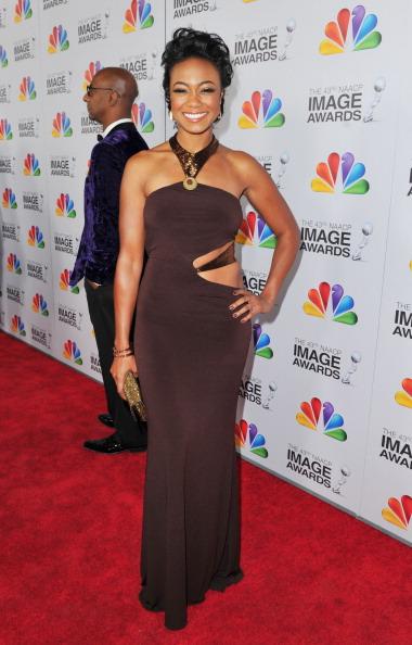Gold Purse「43rd NAACP Image Awards - Red Carpet」:写真・画像(3)[壁紙.com]