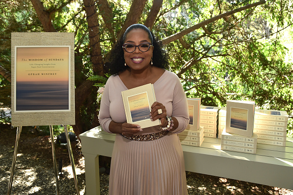 "Oprah Winfrey「Oprah Winfrey's Gospel Brunch Celebrating Her New Book ""Wisdom Of Sundays""」:写真・画像(1)[壁紙.com]"