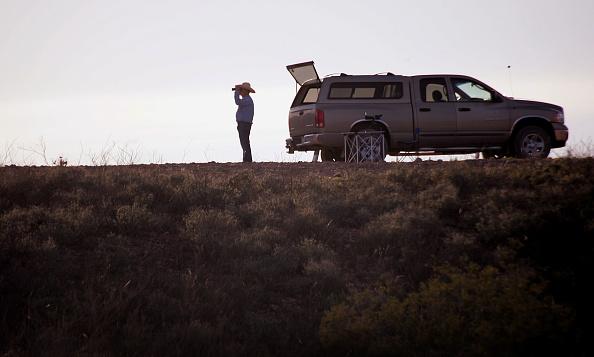 Vigilante「Volunteers Patrol Arizona Border For Illeagal Immigrants」:写真・画像(3)[壁紙.com]