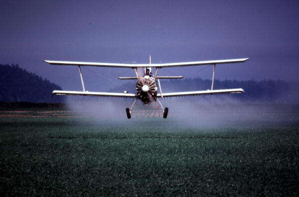 Spray「pesticides5_20000518_07854.jpg」:写真・画像(19)[壁紙.com]