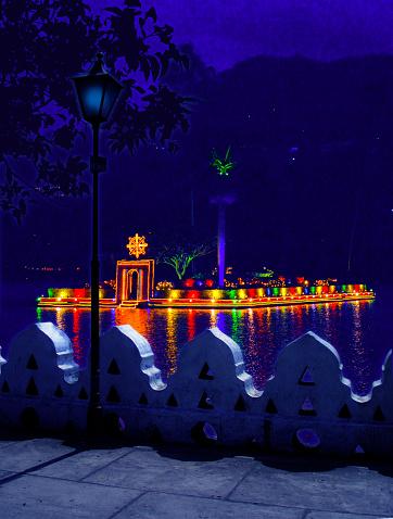 Sri Lanka「Kandy lake is especially beautiful at night」:スマホ壁紙(10)